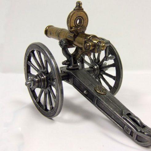 Ametralladora-Gatlin,-U.S.A.1861.-Ref.-421.-DENIX.-(1)