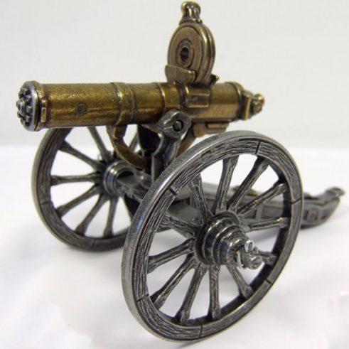 Ametralladora-Gatlin,-U.S.A.1861.-Ref.-421.-DENIX.-(2)