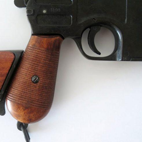 Pistola-C96,-,-con-funda-culata-de-madera..-Ref.-1025.-DENIX-(11)